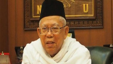 KH Maruf Amin 3 390x220 - Survei Cyrus Network : Ma'ruf Amin Paling Merepresentasikan Umat Islam