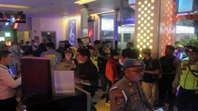 Razia Hiburan Malam 390x220 - Tiga Warga Jakarta Diciduk Saat Berkaraoke