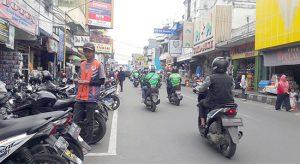 Juru parkir di Jalan A Yani