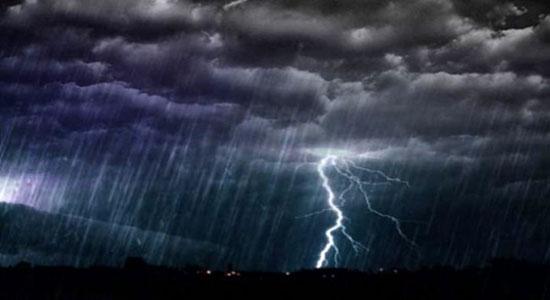 ilustrasi hujan lebat diser - BMKG: Sukabumi Hujan Siang Sampai Malam, Hati-hati Petir