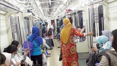 para penumpang KRL 390x220 - Dana PSO KA Ekonomi Kembali Naik