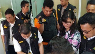 penggeledahan kantor pssi 390x220 - Satgas Antimafia Bola Menggeledah Kantor PSSI