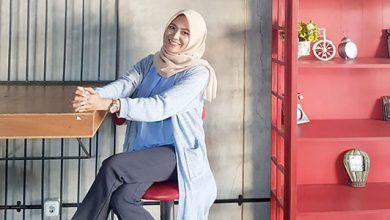Nadia Siti Oktora Maryam 390x220 - Padukan Outer Cocok Untuk Santai dan Kondangan