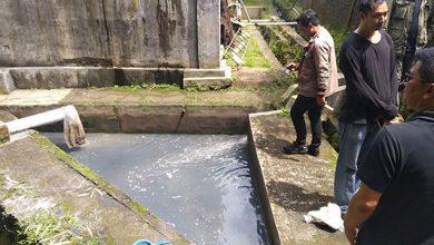 Sungai Tercemar Limbah 390x220 - Polres Sukabumi Lidik Pencemar Sungai