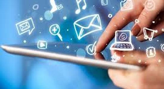 Medsos - Pengusaha Risih WhatsApp & Medsos Dibatasi Pemerintah