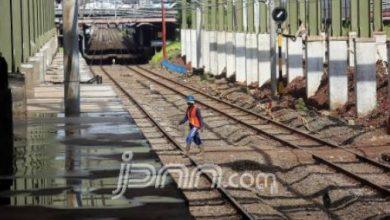 jalur kereta cepat 390x220 - KCIC Geber Proyek Kereta Cepat Jakarta - Bandung