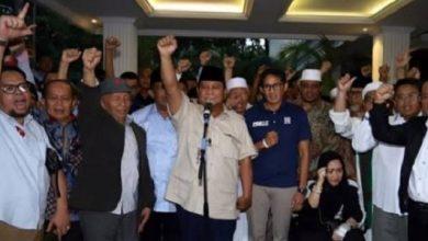 prabowo sandi 390x220 - Siap Gugat ke MK, Inilah Nama-nama Tim Kuasa Hukum Prabowo - Sandi