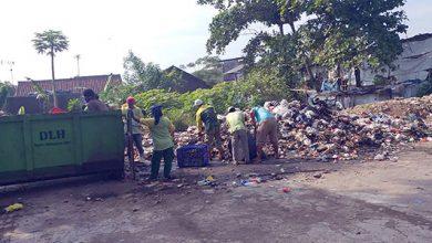 sampah 390x220 - Lebaran Hasilkan Sampah 513 Ton di Kota Sukabumi