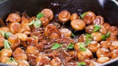 tongseng jamur kancing pedas