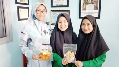BOKS JPEG 20 390x220 - Tiga Mahasiswi UMMI Berinovasi Olah Turubuk Jadi Makanan Berkelas