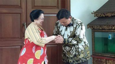 mega 2 390x220 - Megawati: Prabowo Akan Hadir Di Kongres PDIP