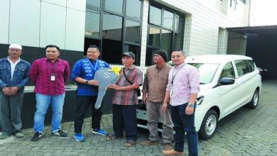 A HL JPEG 4 390x220 - BRI Cabang Sukabumi Serahkan Hadiah Mobil Undian Simpedes