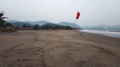 pantai palabuhanratu sabtu 390x220 - Takut Isu Tsunami, Pantai Palabuhanratu Sukabumi Sepi Pengunjung