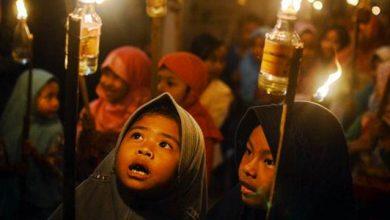 pawai obor 390x220 - Warga Kota Sukabumi Sambut Tahun Baru Hijriyah