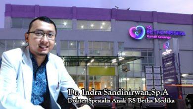 Dr. Indra SandinirwanSp.A 390x220 - Kuning Pada Bayi