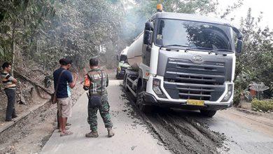 Jalan Rusak 390x220 - Cieee... Dinas PU Jawa Barat Curhat