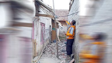 Puting Beliung Ciaul 390x220 - Dua Rumah di Ciaul Pasir Porak Poranda, Dihantam Puting Beliung