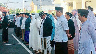 Asn Kota Sukabumi Bersarung 390x220 - Hari ini Semua ASN Sukabumi Bersarung