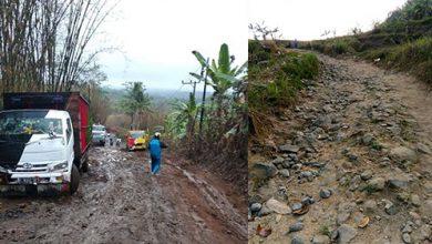 Jalan Pabuaran Hancur 390x220 - Jalan Pabuaran PuluhanTahun Rusak Parah, Kapan Diperbaiki!