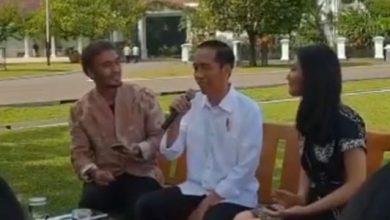 Jokowi Ngerap 390x220 - Viral, Video Jokowi Nge-rap, Seiring Meningkatnya Aksi Protes RUU Bermasalah