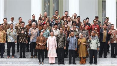 Kabinet Jokowi 390x220 - Momen Hari-hari Terakhir Jokowi Bersama Kabinet Kerja