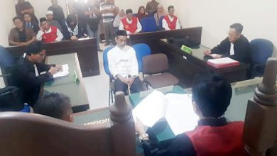Kades Mekarsari Divonis 390x220 - Palsukan Dokumen Tanah Negara, Oknum Kades Divonis Tujuh Bulan Penjara