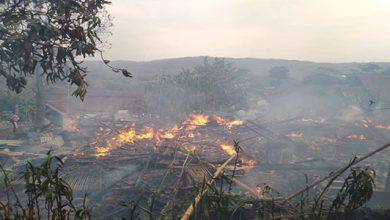 Kebakaran Cikembar 1 390x220 - Tiga Rumah di Cikembar Hangus Terbakar