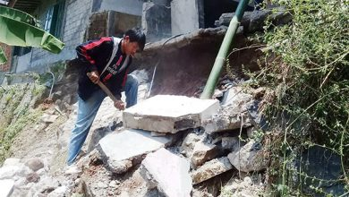 Longsor Kadudampit 390x220 - Longsor Terjang Kampung Renged, Rumah Imas Amblas
