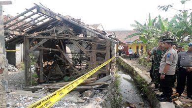 Pabrik Petasan Meledak 390x220 - Tiap Tahun Meledak, Polisi Larang Sementara Produksi Petasan