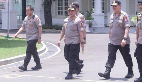 Tito Karnavian - Bikin Kaget Awak Media, Tito Karnavian Hadir di Istana