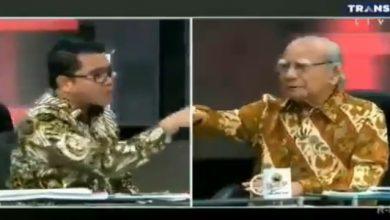 arteria dahlan emil salim 390x220 - Politikus PDIP Bentak Prof Emil Salim, Publik pun Murka