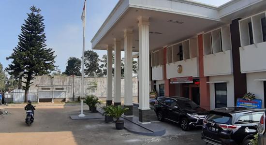 pengadilan negeri - Kakak Tiri Balita Sukabumi Diperkosa dan Dibunuh Divonis 7 Tahun