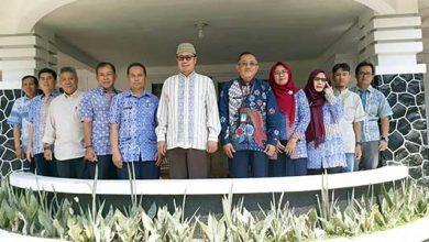 Achmad Fahmi UMK 390x220 - Sah, Walikota Sukabumi Ajukan UMK Rp 2.5 juta