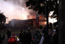 IMG 20191109 WA0020 220x150 - Pasar Penampungan Sukabumi Kebakaran
