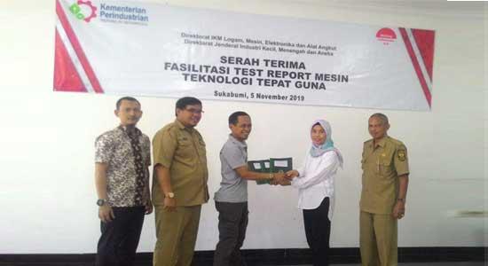 Kemenperin Beri bantuan mesin - Kemenperin dan DPESDM Kabupaten Sukabumi, Berikan Bantuan Mesin Teknologi