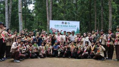 Marwan Giri Wana Rally 390x220 - Bupati Sukabumi, Lepas Elang Brontok dan Penanaman Pohon Puspa