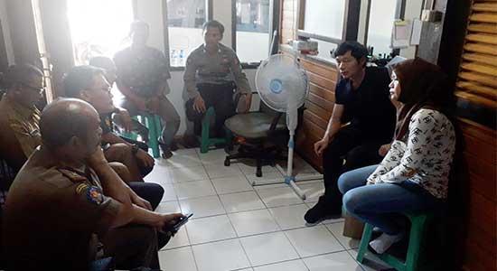 Muspika Cikembar - Pembakaran Limbah Triplek PT Rong Hua Xing Indonesia Menuai Protes