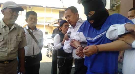 Pembunuh Taksi Online - Nyandu Game Online, Fadli Nekat Bunuh Driver Taksi Online