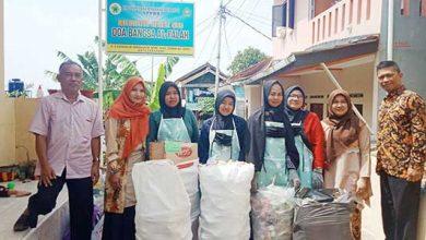 RA Doa Bangsa Al Falah 390x220 - Keren, Bayar Sekolah Pakai Sampah