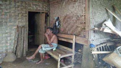 Rumah Bilik Bambu 390x220 - 310 Rumah Jampangtengah Memprihatinkan