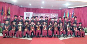 Universitas Nusa Putra wisuda5 300x153 - Lulusan UNP Sukabumi Siap Menyongsong Era 4.0