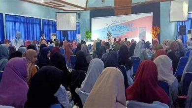 Wardah Umi 390x220 - Wardah Bright Days Edukasi Mahasiswa Universitas Muhammadiyah Sukabumi