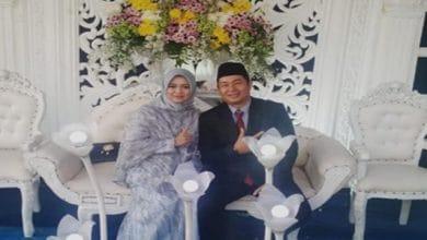 calon kades sukakersa 390x220 - Suami Kalahkan Istri jadi Kepala Desa Sukakersa Sukabumi