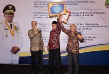 pemkot Sukabumi raih penghargaan 220x150 - Pemkot Raih TKKSD Award Berturut-turut