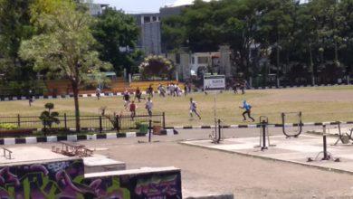 tawuran pelajar sukabumi 390x220 - Lagi, Tawuran Antar Pelajar di Lapdek Kota Sukabumi