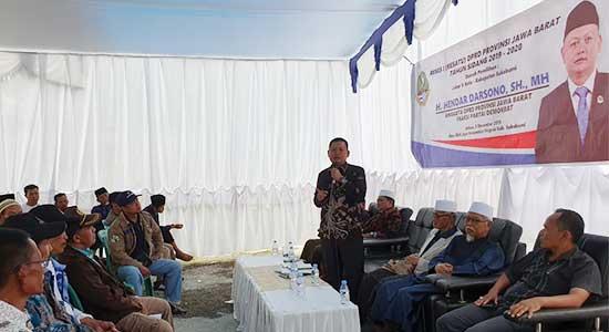 Anggota DPRD Provinsi Jawa Barat Dapil V (Kabupaten Sukabumi dan Kota Sukabumi) Hendar Darsono,