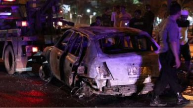 Mobil Terbakar 390x220 - Aksi Kejar-kejaran, Mobil Perampok Ditembak Polisi Hingga Terbakar