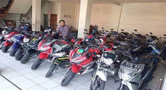 Showroom Rizki Jaya Motor, Dodi Haryadi