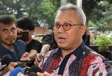 Photo of Ketua KPU Positif Covid-19, Tuntutan Pilkada Serentak Ditunda Menguat