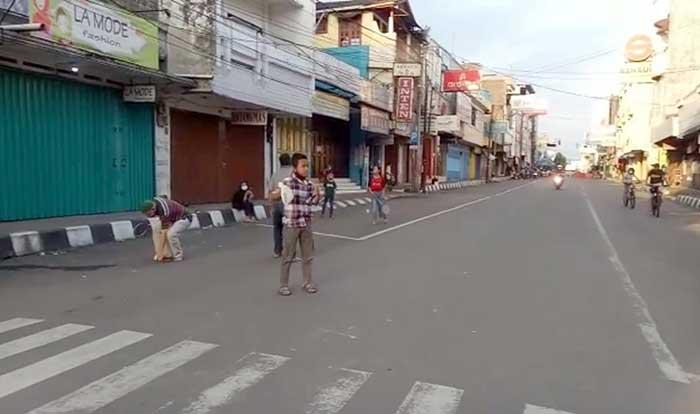 Jalan Ahmad Yani Sepi